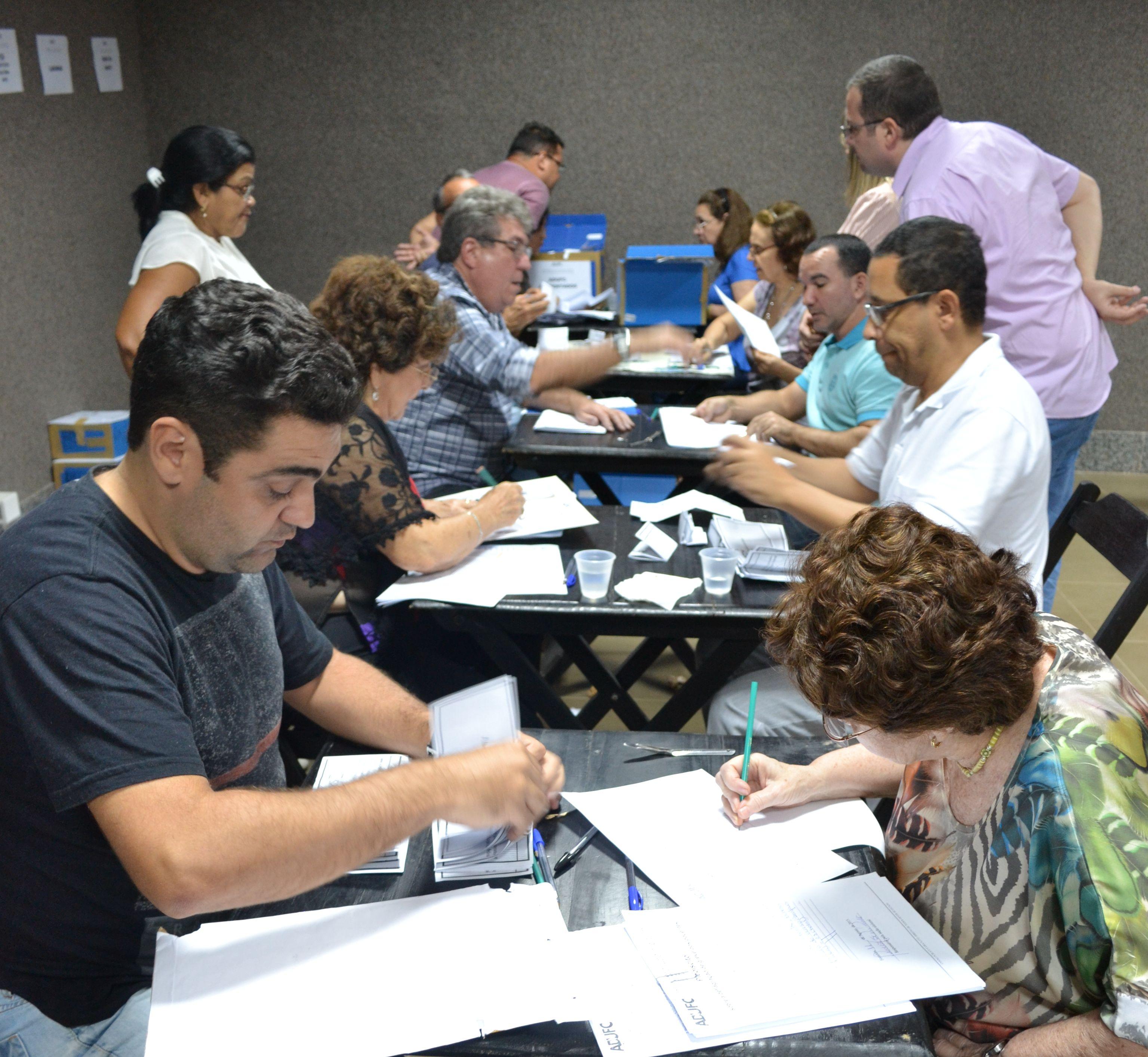 Plebiscito: maioria vota a favor da greve