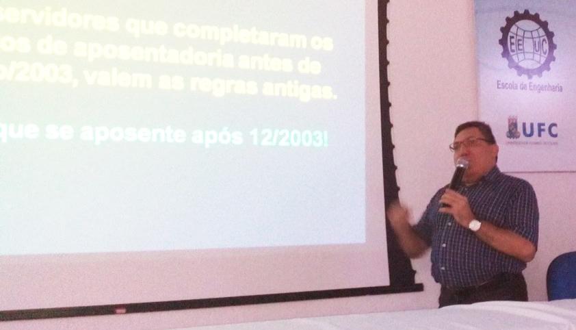 """[Ao Vivo] Acompanhe a palestra """"Aposentadoria dos servidores públicos federais, ontem, hoje e amanhã"""", com o Prof. Eduardo Rolim (UFRGS)"""