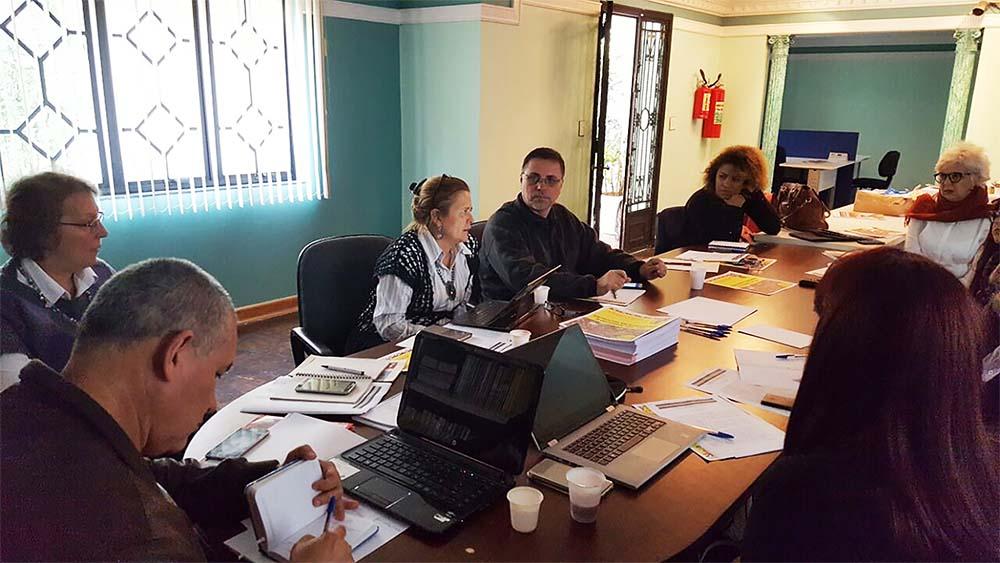 ADUFC- Sindicato participa de reunião da CONTEE