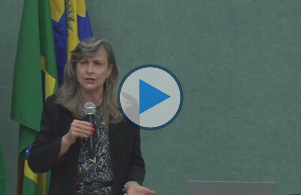"""Palestra """"O sistema da dívida pública e a subtração dos direitos sociais"""", com Maria Lúcia Fattorelli (Coordenadora Nacional da Auditoria Cidadã da Dívida) – 15/09/2016"""