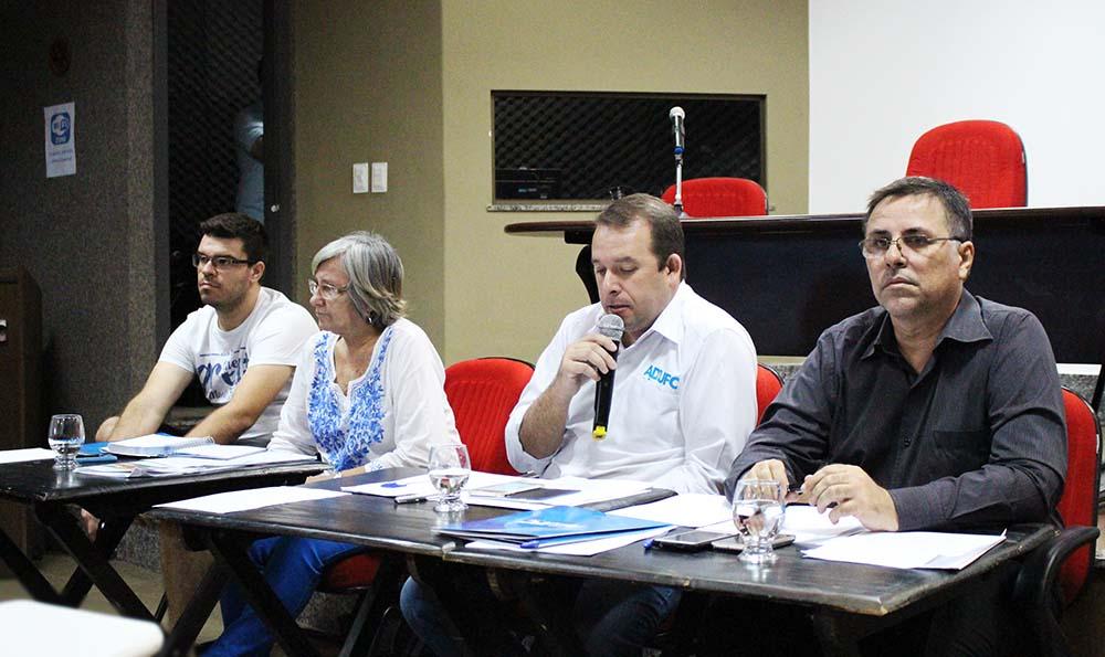 Assembleia do dia 11/10/2016 (auditório da ADUFC-Sindicato)